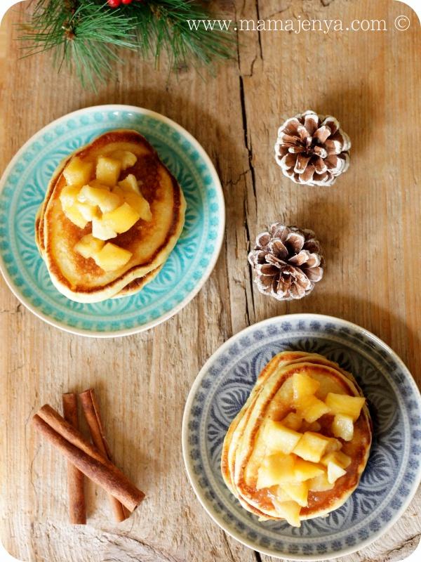Оладьи с карамелизированными яблоками